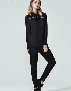 Блуза с бантом черная