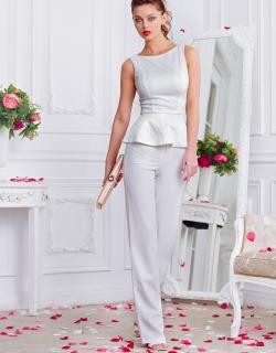 Блуза с баской белая
