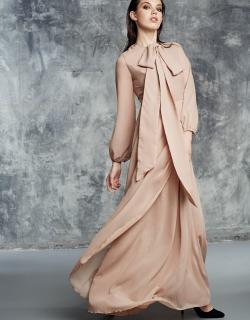 Платье в пол бежевое